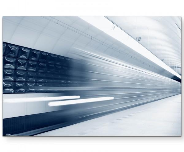 Abstrakte Fotografie – U-Bahnstation mit schnellem Zug - Leinwandbild