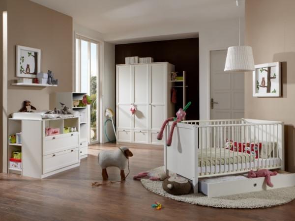 Babyzimmer Filou in Alpinweiß von Wimex 4 teiliges Sparset mit Schrank, Bett mit Lattenrost und Wick
