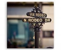 Künstlerische Fotografie – Rodeo Drive Schild auf Leinwand