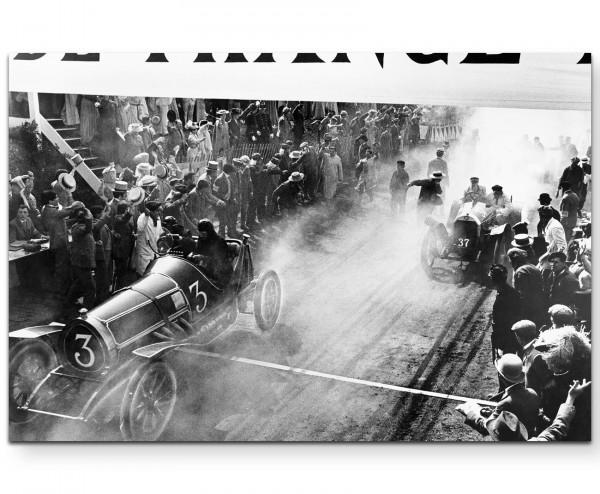antike Fotografie – Ziellinie bei einem Autorennen - Leinwandbild