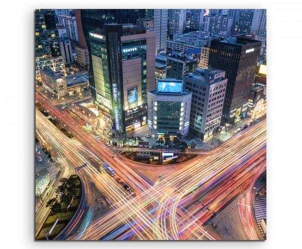 Urbane Fotografie – Verkehrskreuzung, Gangnam, Seoul, Südkorea auf Leinwand
