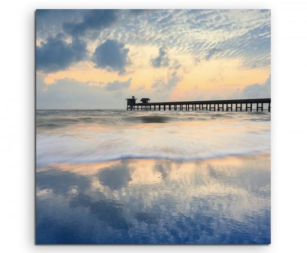 Landschaftsfotografie – Strand bei Sonnenaufgang mit Treibholz auf Leinwand exklusives Wandbild mode