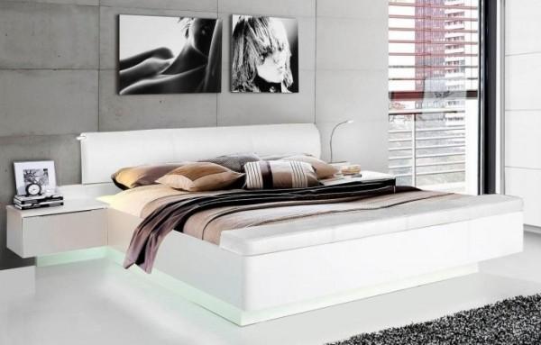 Bettanlage Starlet in Weiß von Forte mit zwei Nachttischen