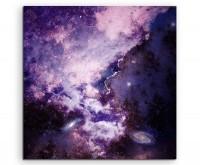 Naturfotografie – Violetter galaktischer Sternenstaub auf Leinwand