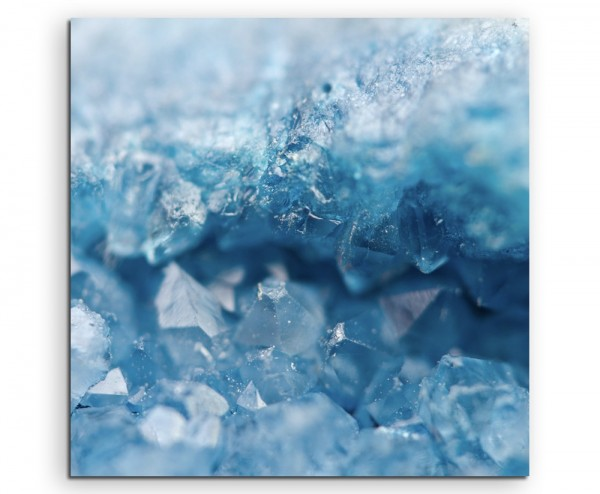 Naturfotografie – Funkelnde blaue Kristalle auf Leinwand