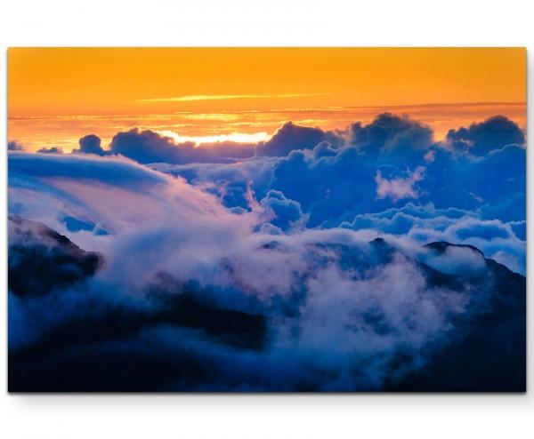 Wolkenformation überm Berg - Leinwandbild