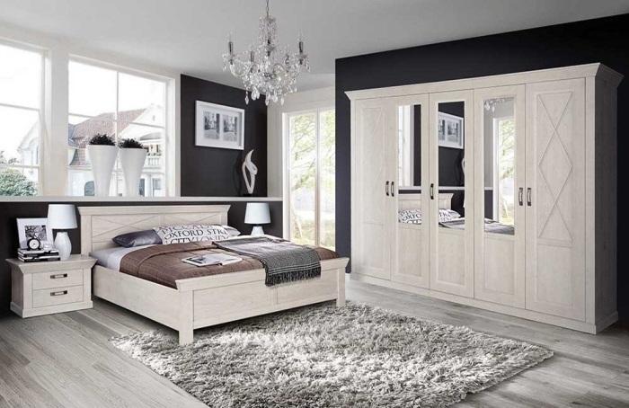 Schlafzimmer Kashmir von Forte in Pinie Weiß mit Schrank, Bett und zwei Nachttischen