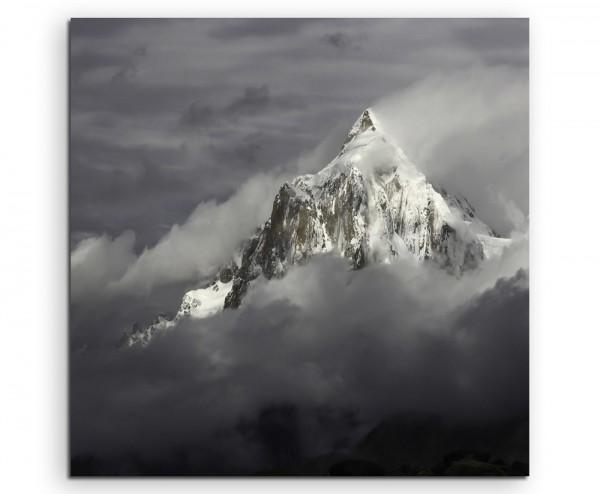 Landschaftsfotografie – Graues Nebengebirge auf Leinwand exklusives Wandbild moderne Fotografie für