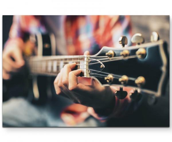 Mann spielt Gitarre - soft - Leinwandbild
