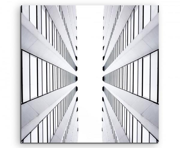 Architektur Fotografie – Zwischen zwei Wolkenkratzern auf Leinwand exklusives Wandbild moderne Fotog