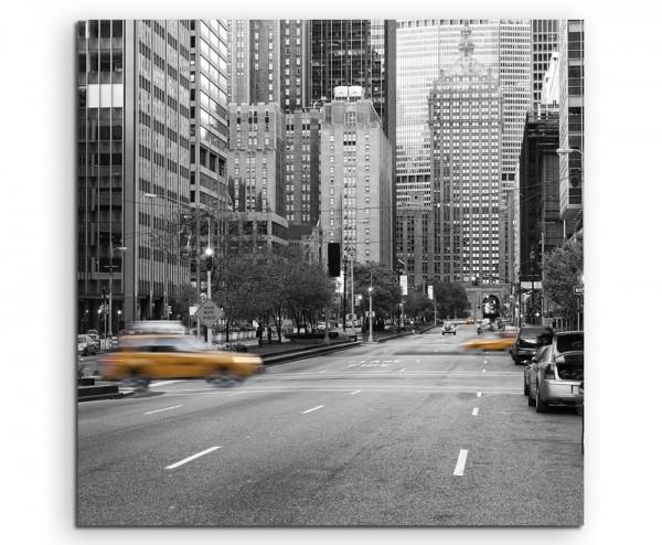 Naturfotografie – Gelbe Taxis in New York City, USA auf Leinwand