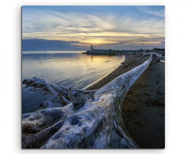 Landschaftsfotografie – Leuchtturm bei Sonnenaufgang auf Leinwand
