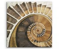Architekturfotografie – Spiralförmiges Treppengeländer auf Leinwand