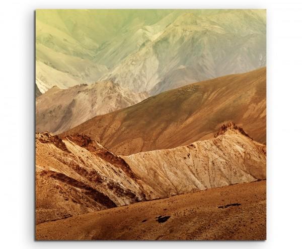 Landschaftsfotografie – Berglandschaft in Ocker, Indien auf Leinwand