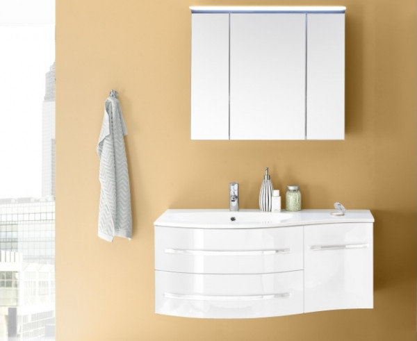 Badezimmer Salinas in Weiß mit Hochglanzlackfronten mit Waschbeckenunterschrank inklusive Becken, Sp