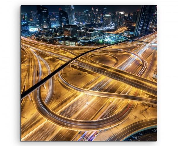 Architektur Fotografie – Verkehrskreuz mit Autos, Abu Dhabi auf Leinwand exklusives Wandbild moderne