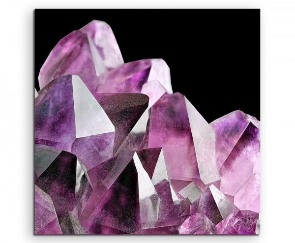 Naturfotografie – Violetter Amethyst Kristall auf Leinwand
