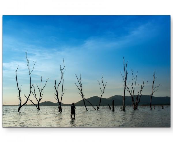 Abgestorbene Bäume im Wasser - Leinwandbild