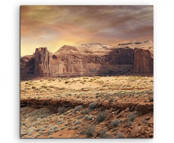Landschaftsfotografie – Monument Valley bei Sonnenaufgang auf Leinwand