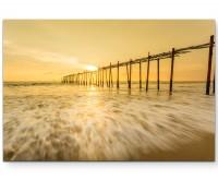 Pi Lai – Brücke am Meer in Thailand - Leinwandbild