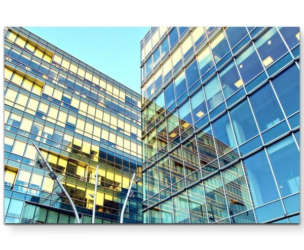 Glasfront eines Hochhauses - Leinwandbild