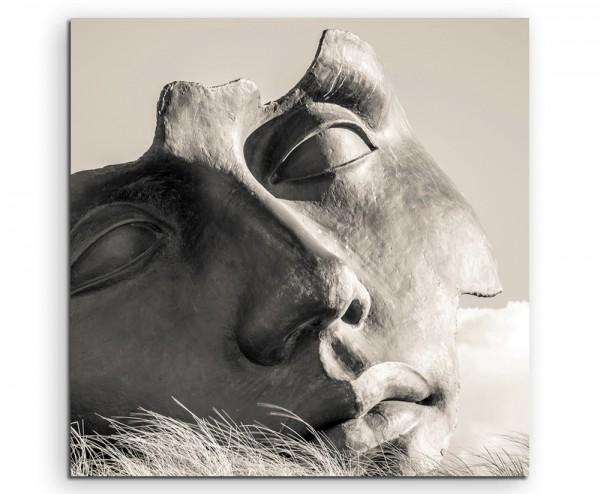 Künstlerische Fotografie – Maskenskultptur auf Leinwand